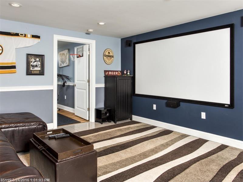 basement-theater-scarborough-maine